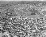 Looking to the northwest; the vacant area in the upper righthand corner is now occupied by Park La Brea. Dick Whittington Studio, circa 1940.