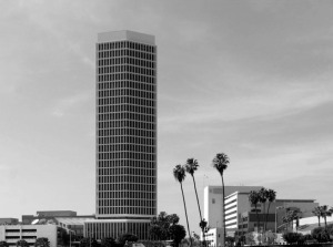 View of the California Federal Savings Building, located on the south side of Wilshire between Hauser Boulevard and Masselin Avenue. (Water and Power Associates)