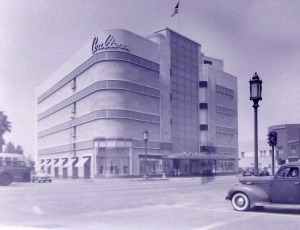 Coulter's Department Store, circa 1950. (Noirish Los Angeles; Skyscraperpage.com)