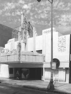 Exterior view of the Art Deco El Rey Theatre, located at 5515 Wilshire Boulevard, 1989. (Photographer: Steve Grayson; Los Angeles Public Library)