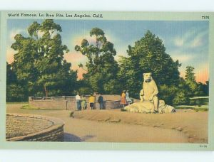 Linen finish postcard of the La Brea Tar Pits, circa 1950.