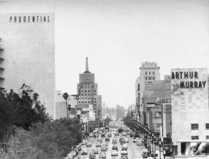 View looking east of Wilshire Boulevard from Curson Avenue showing the heart of the Miracle Mile. Photograph dated 1949. (Water and Power Associates)