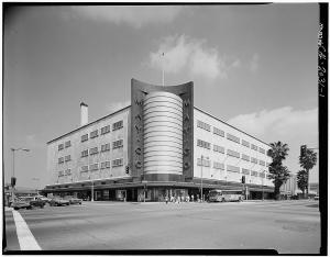 The May Company Department Store Building, 6067 Wilshire Boulevard, circa 1970s.  (Marvin Rand, photographer; Library of Congress)