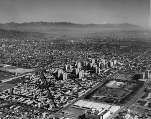 "Aerial view from the west of Park La Brea and Hancock Park, 1954. (""Dick"" Whittington Photography Collection; USC Digital Library)"