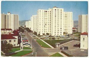 Park La Brea postcard (front), circa 1950.