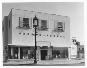Original Phelps Terkel menswear store at Wilshire and Burnside Avenue, circa 1936. The store was latter expanded west and doubled in size. Architect: Morgan, Walls & Clement, exterior; Harbin Hunter, interior. (Mott-Merge Collection; California State Library)