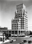 The E. Clem Wilson Building at the intersection of Wilshire and La Brea, circa 1930.