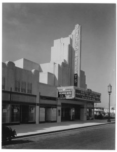 The 4 Star Theatre, 5112 Wilshire Boulevard, circa 1930. Architects: Walker & Eisen. In 2001 it was purchased by the Oasis Christian Center and used as a church until 2012, when it was sold to a developer. In 2014 it was demolished to make way for a large mixed-use apartment complex. (Mott-Merge Collection; California State Library)