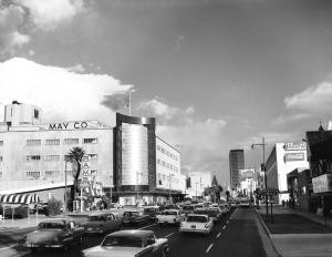 "Intersection of Wilshire and Fairfax, 1959. Note the ""Rams"" sign on left, ""Rams"" was the predecessor of what is now  ""Johnie's Coffee Shop."" (Los Angeles Conservancy)"