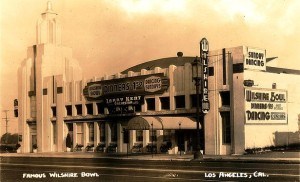 The Wilshire Bowl was a nightclub (and not a bowling alley). It opened in 1933, by 1941 it was the Louisiana Restaurant. Slapsy Maxie's took over around 1943 and closed about 1947. By 1952 it was demolished to make way for Van de Kamp's Wilshire Coffee Shop. Photo postcard, circa 1930s.