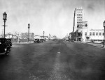 Wilshire Boulevard at Ridgeley Drive, 1929. The Desmond's Building (also known as the Wilshire Tower) is on the right.