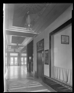 Wilshire Tower lobby-entryway looking toward parking entrance, circa 1930. (Mott-Merge Collection; California State Library)