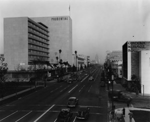 Looking east along Wilshire Boulevard at Curson Avenue, 1950. The Prudential Building on the left is now SAG-AFTRA Square, which houses the headquaters of the Screen Actors Guild and several restaurants on the street level, including The Counter and Marie Callender's.