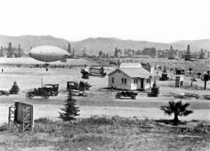 Dirigible landing at Demille Field, circa 1919. (GeneralAviationNews.com)
